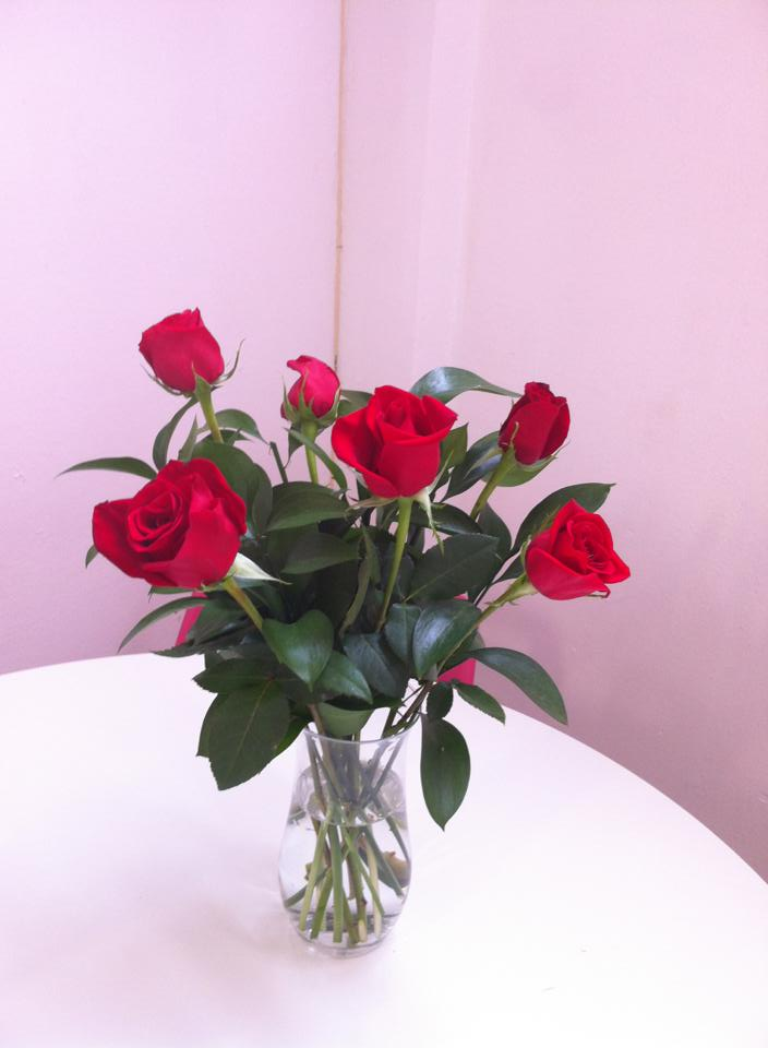Decorar tu hogar con rosas rojas for Rosas de decoracion