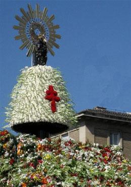 """Fiestas del Pilar """"Ofrenda de Flores"""""""