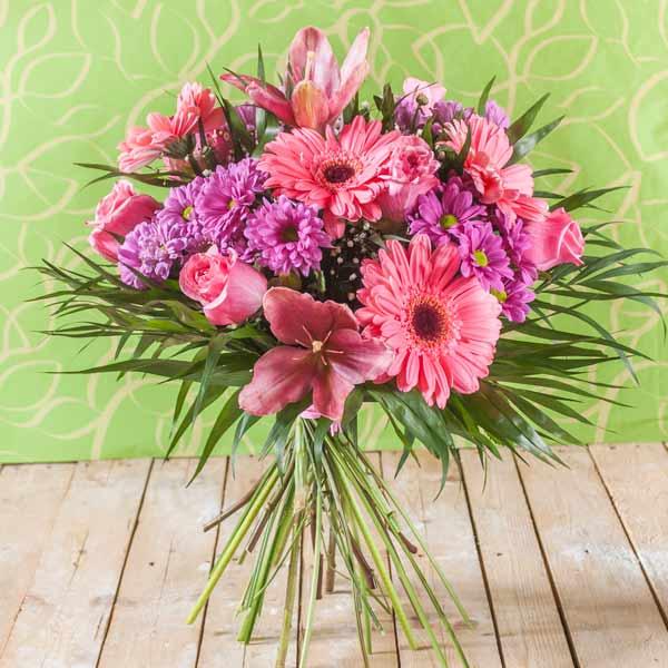 Ramo QDF de flores variadas rosas