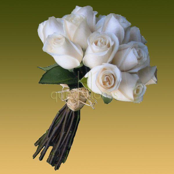 Conjunto de flores para novia básico.