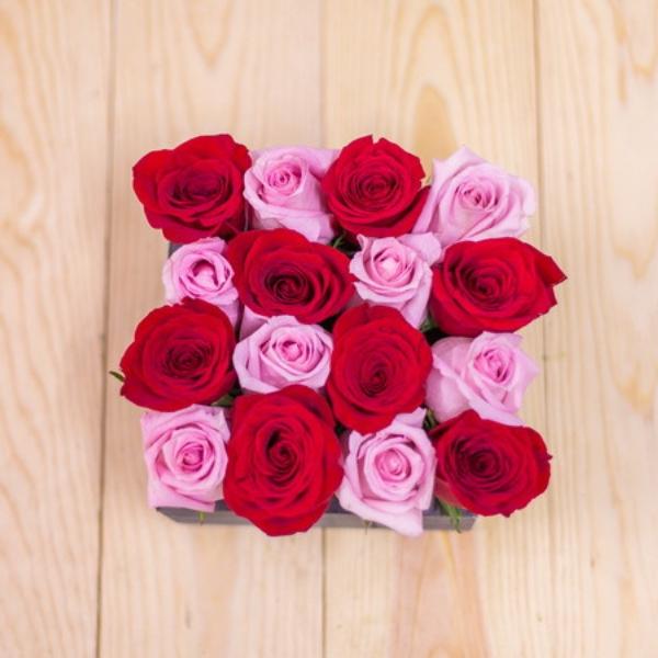 Cajón 16 Rosas Rojas y Rosa