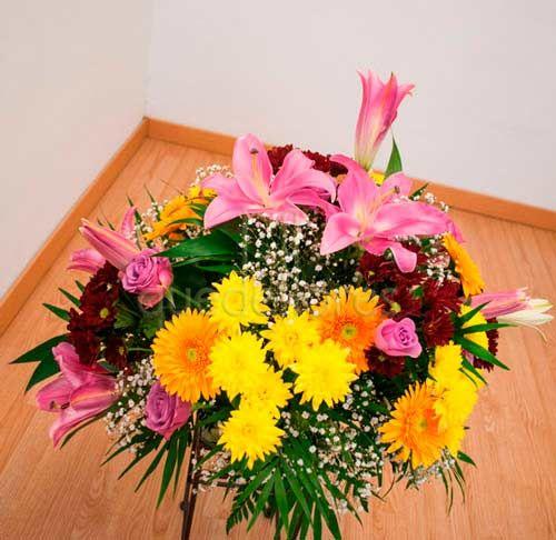 Centro de flores especial Santos