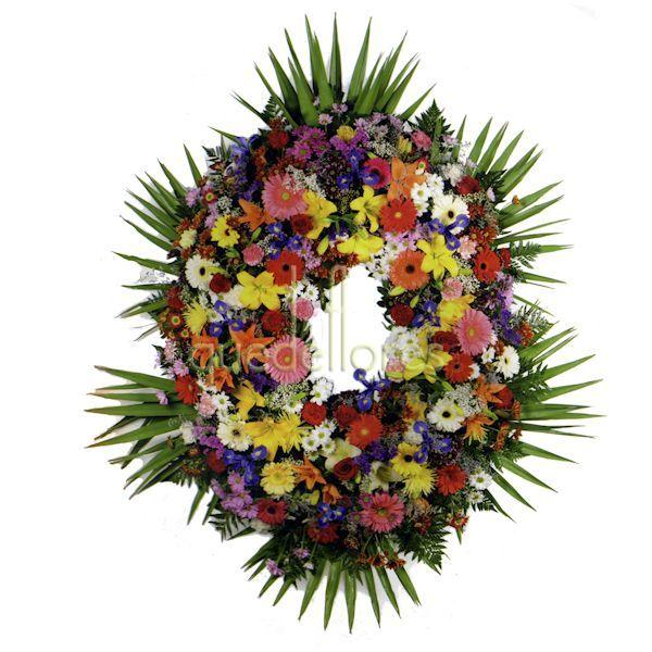Corona de flores variadas