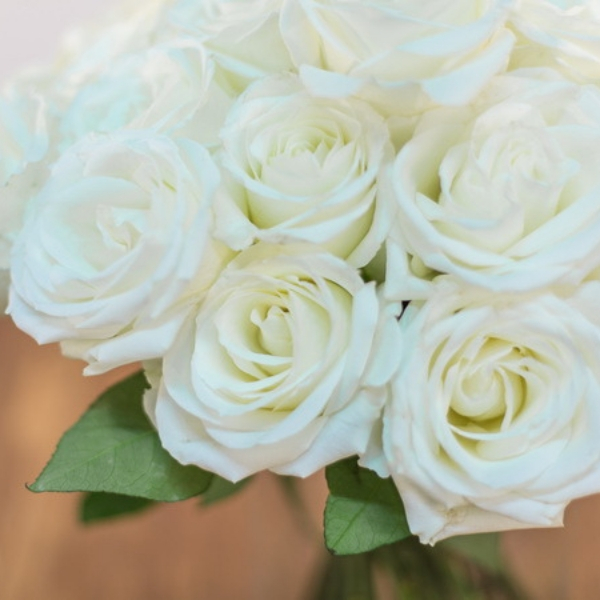 Ramo Bouquet de Rosas Blancas Rigoletto