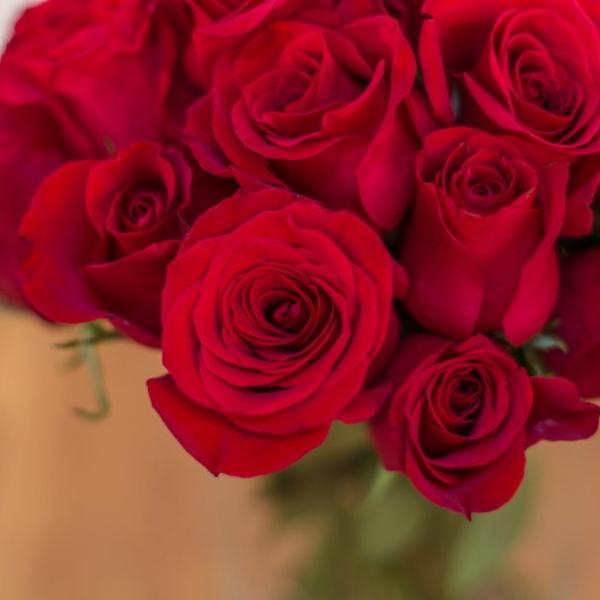 Ramo Bouquet de Rosas Rojas La Traviata